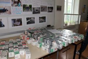 Flotte byggd av mjölkkartonger. Höll finfint för en provtur!